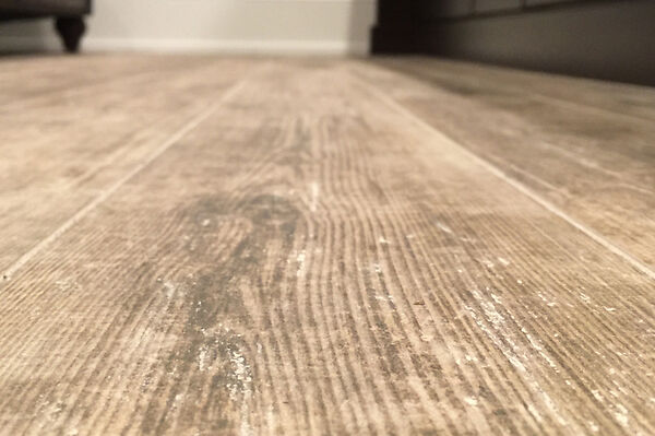 Wooden-Ceramic-Tile-Close-Inspection